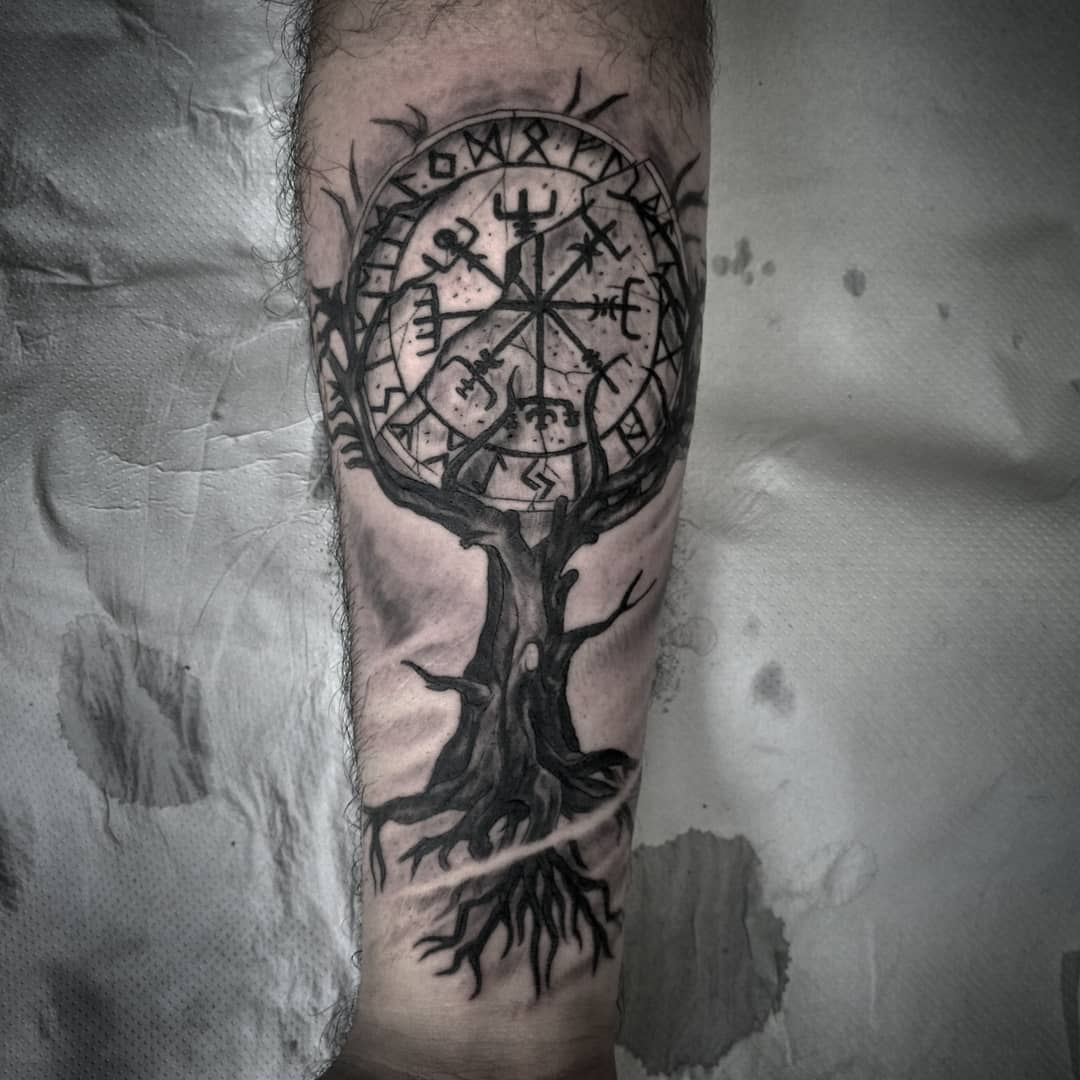 vegvisir tattoo palencia tatuaje